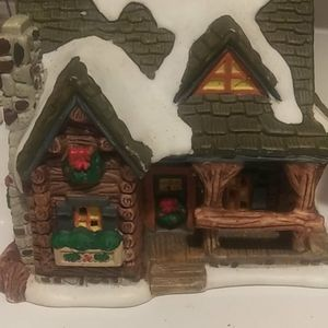 Collectors Christmas Village House